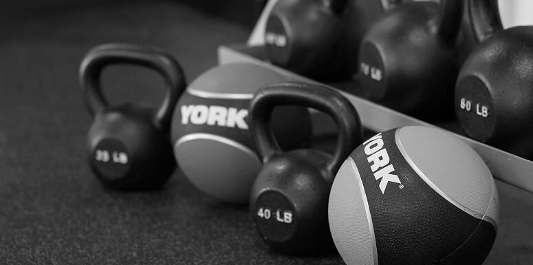 ​Kettlebell VS Medicine Ball